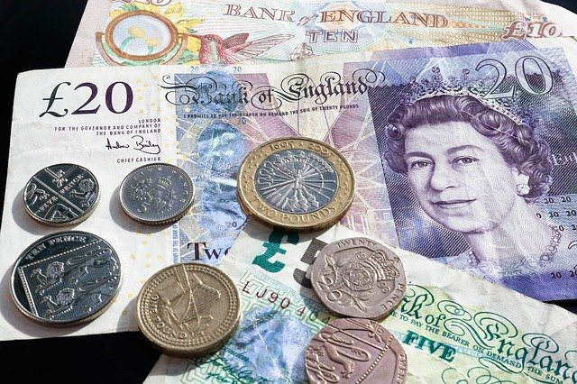 Keep Track of your Pocket Money